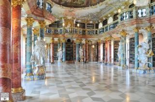 http://lancien.cowblog.fr/images/ArchitectureArt/9monasteredewiblingenenallemagne.jpg