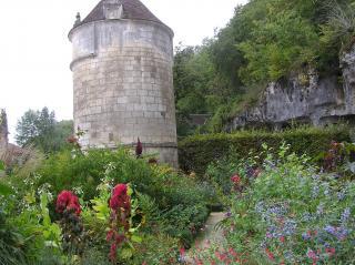 http://lancien.cowblog.fr/images/ArchitectureArt/P9280236.jpg