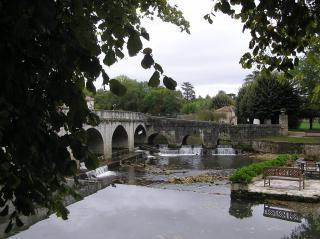 http://lancien.cowblog.fr/images/ArchitectureArt/P9280237.jpg