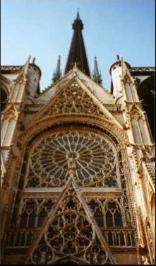http://lancien.cowblog.fr/images/ArchitectureArt/Rouen2.jpg