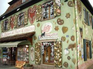 http://lancien.cowblog.fr/images/ArchitectureArt/dsci2655comp.jpg