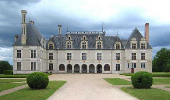 http://lancien.cowblog.fr/images/Architecturemaisons/Beauregard.jpg