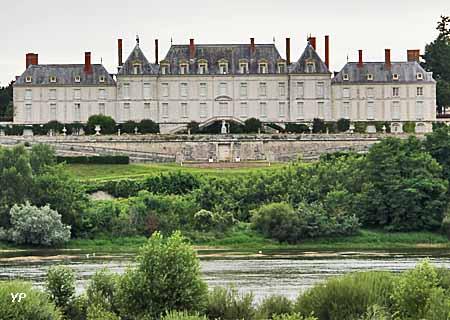 http://lancien.cowblog.fr/images/Architecturemaisons/Menars.jpg