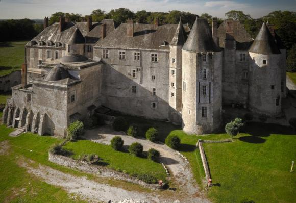 http://lancien.cowblog.fr/images/Architecturemaisons/Meung.jpg