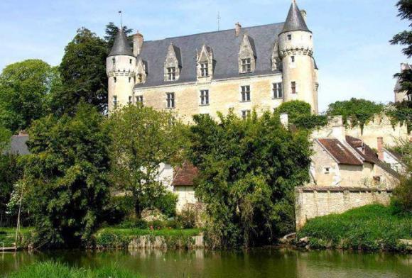 http://lancien.cowblog.fr/images/Architecturemaisons/Montresor.jpg