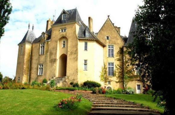 http://lancien.cowblog.fr/images/Architecturemaisons/Pescheray.jpg