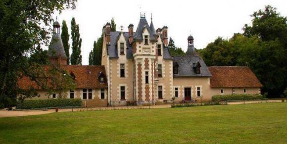 http://lancien.cowblog.fr/images/Architecturemaisons/Troussay.jpg