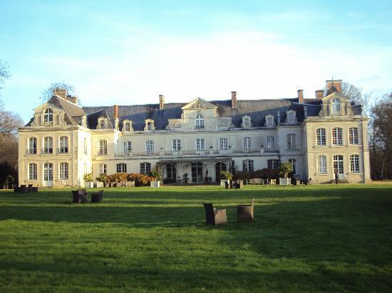 http://lancien.cowblog.fr/images/Architecturemaisons/chateaudesbriottieres.jpg