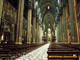 http://lancien.cowblog.fr/images/Architecturemaisons/duomoint.jpg