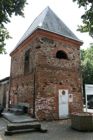 http://lancien.cowblog.fr/images/ArtMonuments/Toulouse.jpg