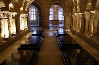 http://lancien.cowblog.fr/images/Artarchitecture2/17basiliquestdenis-copie-1.jpg