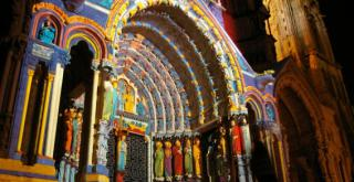 http://lancien.cowblog.fr/images/Artarchitecture2/CathedraleChartresCaractereOriginal.jpg