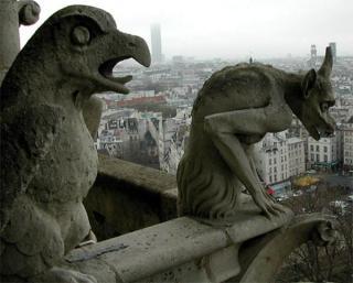 http://lancien.cowblog.fr/images/Artarchitecture2/gargouille3007.jpg
