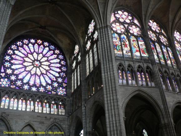 http://lancien.cowblog.fr/images/Artarchitecture2/transeptchoeurme-copie-1.jpg