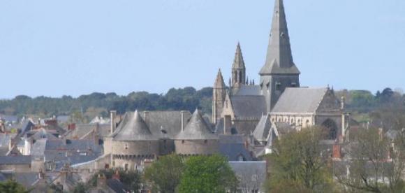 http://lancien.cowblog.fr/images/Bretagne2/VuedeGuerande.jpg