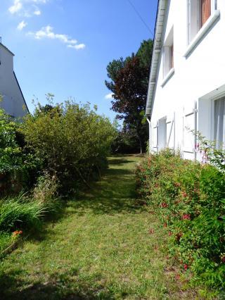 http://lancien.cowblog.fr/images/Bretagne2/fuschias.jpg