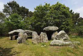 http://lancien.cowblog.fr/images/CarnacPlessis/dolmens1.jpg