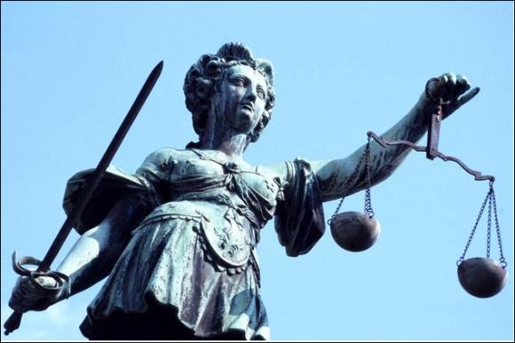 http://lancien.cowblog.fr/images/Image4/Justicesymboles.png