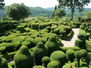 http://lancien.cowblog.fr/images/Paysages1/Eyrignac.jpg