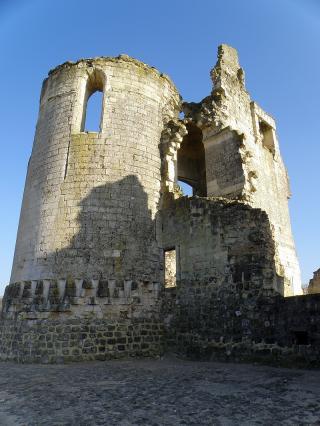 http://lancien.cowblog.fr/images/Paysages4/ChateaudeFereenTardenois5.jpg