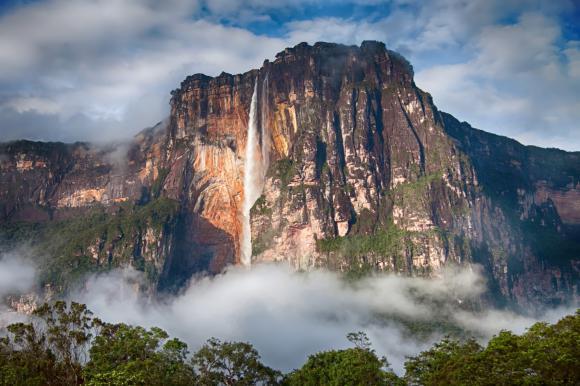 http://lancien.cowblog.fr/images/Paysages5/2117363lesaltoangelauvenezuela.jpg