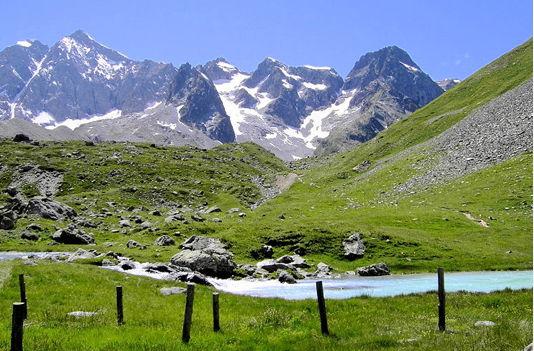 http://lancien.cowblog.fr/images/Paysages6/Ecrins.jpg
