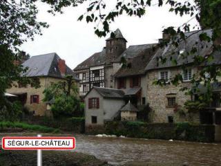 http://lancien.cowblog.fr/images/Paysages6/Segur.jpg