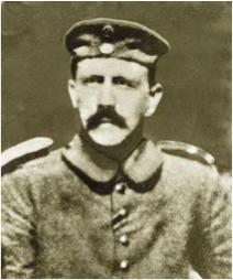 http://lancien.cowblog.fr/images/Photosactualite1/Hitler.jpg
