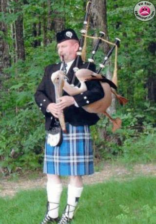 http://lancien.cowblog.fr/images/Photoscomiques1/00025550.jpg