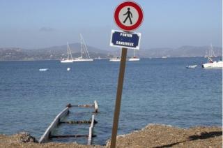 http://lancien.cowblog.fr/images/Photoscomiques1/commejesus271877.jpg