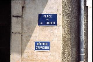 http://lancien.cowblog.fr/images/Photoscomiques1/liberte242331.jpg