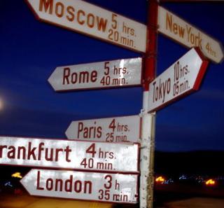 http://lancien.cowblog.fr/images/Photoscomiques2/249582tousleschemins-copie-1.jpg