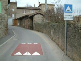 http://lancien.cowblog.fr/images/images/coussin1724a6.jpg