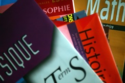 http://lancien.cowblog.fr/images/images/manuelsscolaires2.jpg